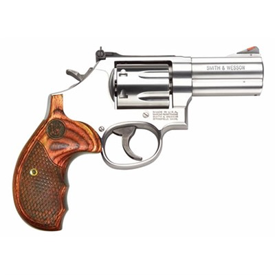 686 Deluxe Handgun 357 Magnum 38 Special 3in Smith & Wesson.