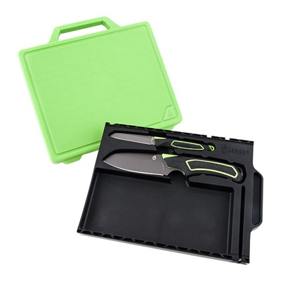 Freescape Camp Kitchen Kit Gerber Legendary Blades.