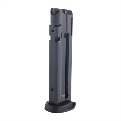 Sr22 P Mag 10 22 Cal With Extension U.S.A. & Canada
